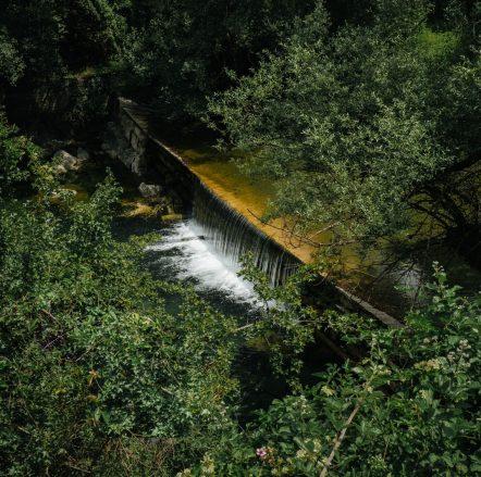 Εκεί που το ποτάμι κυλάει βουβά